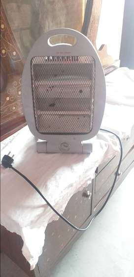 Electric heater with 2 rods Look like new