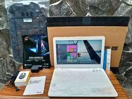 Laptop notebook asus x441N putih fullset