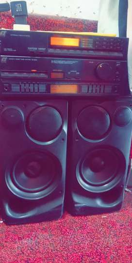 Amplifir japani very luch sounds and bas