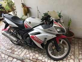 Yamaha R 15 2010 model