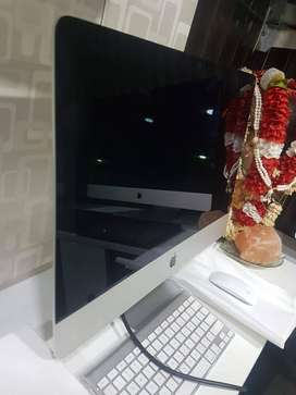 Excellent Condition iMac 22Inch 8GB/1TB Just @50K