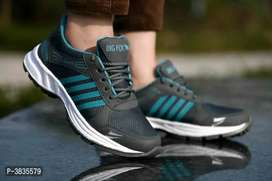 New sports trendy shoes
