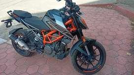 KTM DUKE 250 SHOWROOM PRICE 2,51,000/-