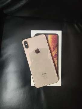 iPhone xs max 256gb 6 months warranty full box clean
