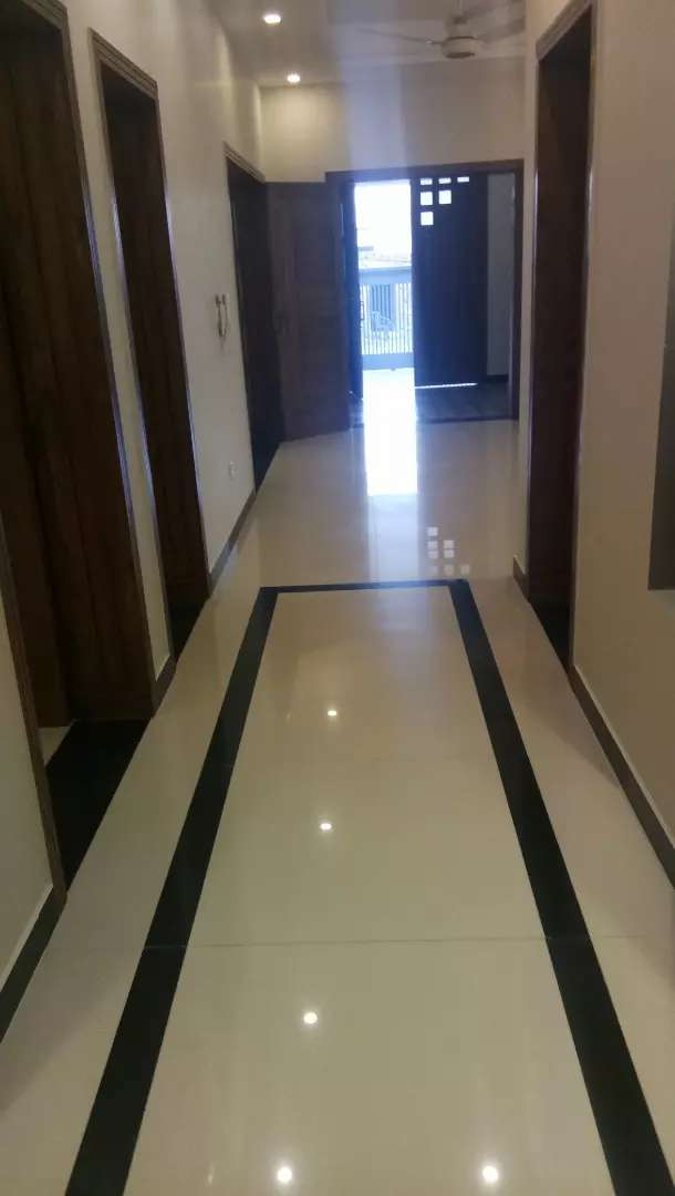 40*80 upper Portion for commercial use 0