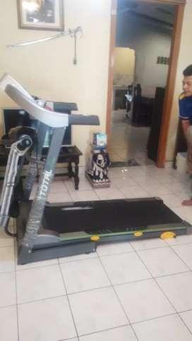 Treadmill  ELEKTRIK  tiga fungsi Tipe 288 / 2 hp