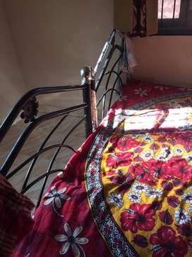 Single bed iron
