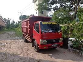 Dump truck dyna