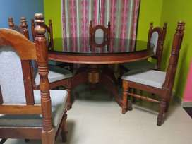 Dining table for 6 members