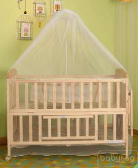 babyhug kelly wooden cot with detachable bassinet and mosquito net