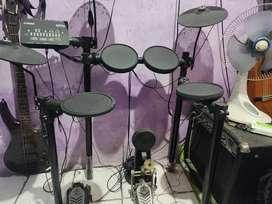 Drum DTX 452k dan Ampli Keyboard JEFE MARTIN KBA 110