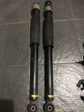 2 pasang Shock breaker Depan Belakang Nissan Livina XV. NEGO