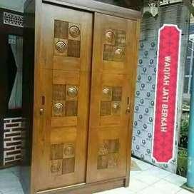 lemari pakian minimalis pintu 2,bahan kayu jati tua