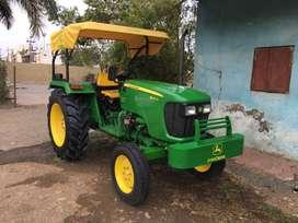 Johndeere 5042D tractor John Deere