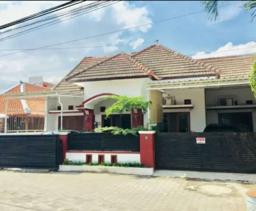 Rumah cantik utara UGM Jl kaliurang km 6