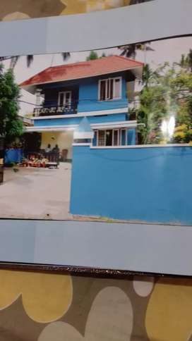 Rent a house at Thykoodam Mahathma Road