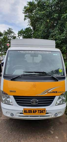 Tata Super ace Mint Covering Body for Rent with Driver