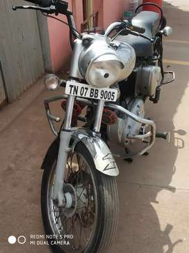 Royal Enfield very rare used . 2 owner doctor used .