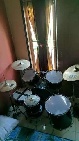 Drumb mapex bagus dan lengkap