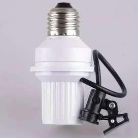 Fitting lampu sensor cahaya otomatis