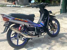 Yamaha F1zr istimewa