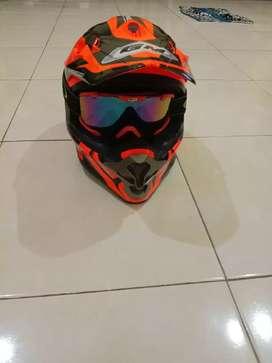 Helm  motocross