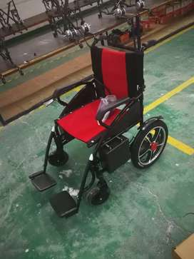 Electric wheel chair with foldable