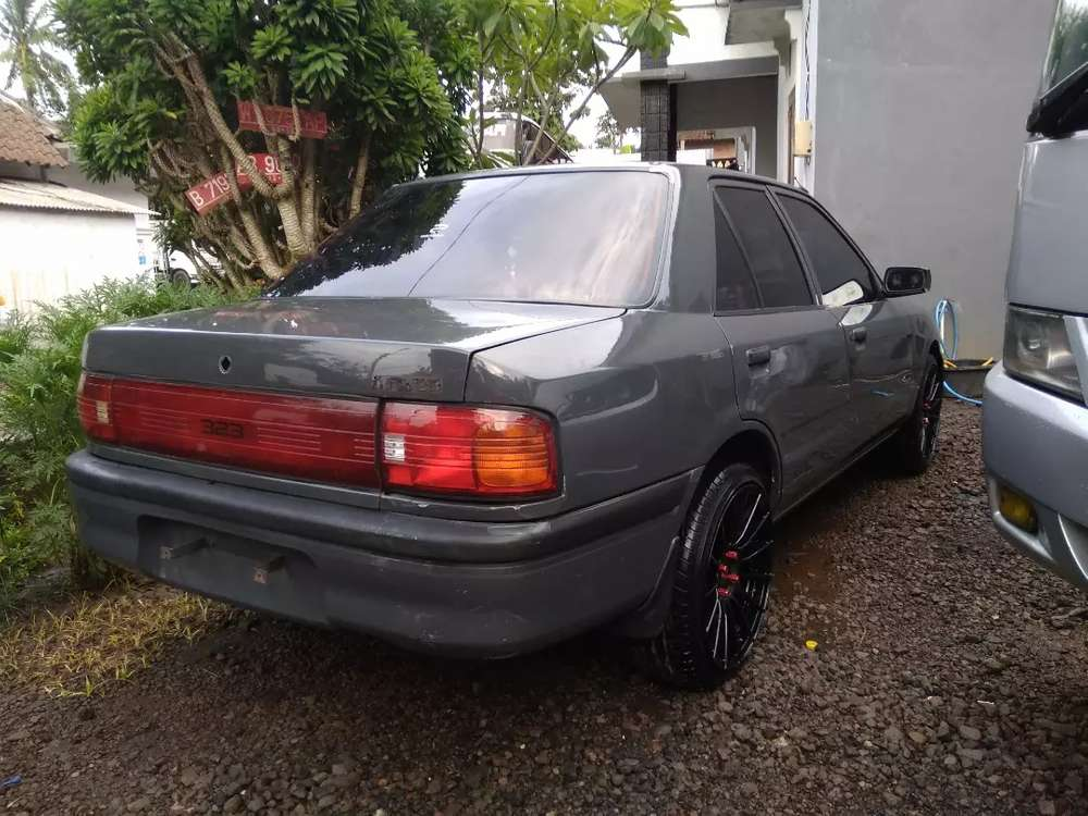 Mazda 323 interplay 1995