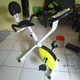Sepeda fitnes Xbike lipat harga grosir