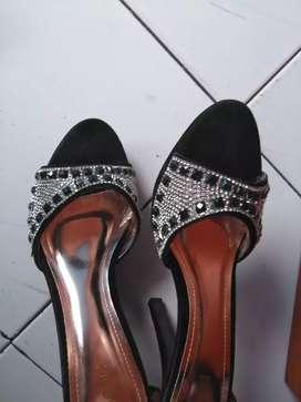 Sepatu high heels pesta size besar mewah