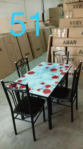 27/47 inch size glass top dining with 4 chairs
