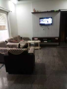 In jp nagar, 3bhi flat available for lease.