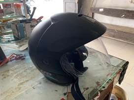 Helm ltd hitam dof