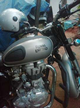 2018 Royal Enfield Classic 11290 Kms