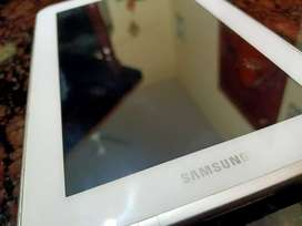 Samsung Galaxy tab 2 with charger cable