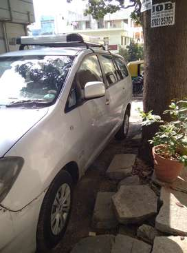 Toyota Innova 2009-2011 2.0 GX 8 STR BSIV, 2010, Diesel