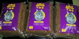 Makanan kucing bolt varian ikan berat kemasan 1 kg Rp 22rb