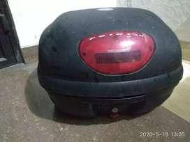 Box sepeda motor GIVI