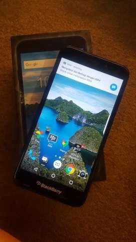 Blackberry aurora ram 4/32 gb