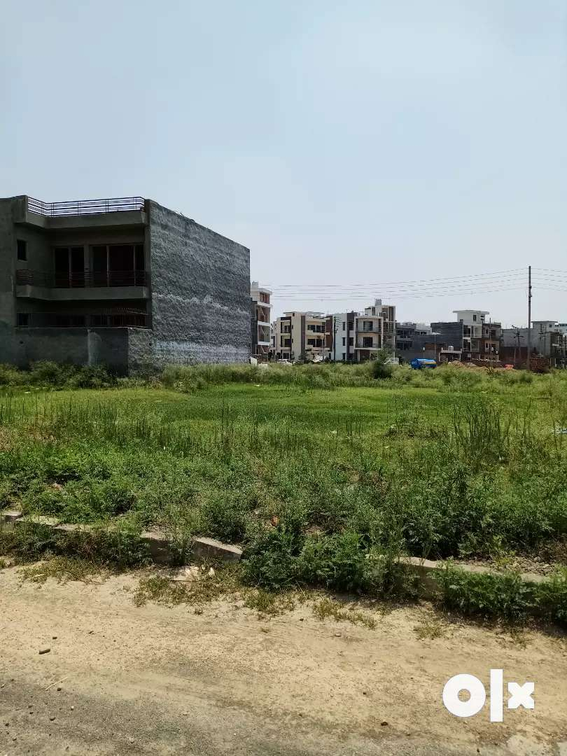 8 Marla plot for sale in sector 80 mohali 0