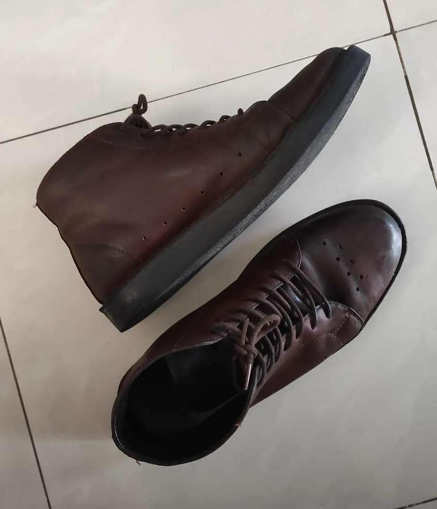 Premium Sepatu Kulit Asli - Vintage Dark Brown Size 39