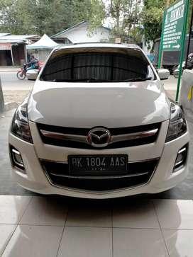 Mazda 8 2.3AT 2011 putih mutiara