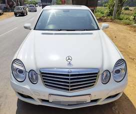 Mercedes Benz E 200 Kompressor-Calchile White