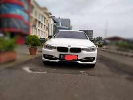BMW 320i Sport Line 2014