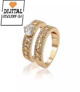 DJ Sparkling White Stone Couple Ring (18K Gold Plated)