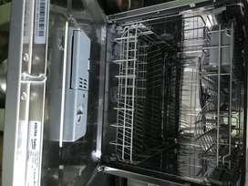 Voltas Beko 8 Place Table Top Dishwasher (DT8S, Silver, Inbuilt Heater