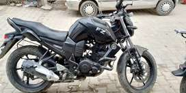 Yamaha FZ for sale .......its in a vey good condition.