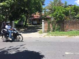 Tanah di Pusat Kota Praya