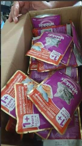 WHISKAS makanan kucing basah pouch 80 gr isi 24
