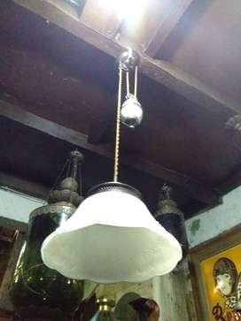 Lampu gantung katrol